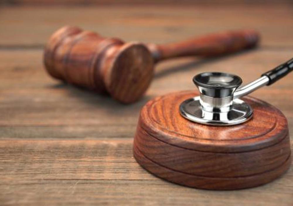 Cabinetul de avocat oferă servicii juridice de drept medical